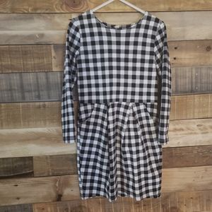 H&M girl dress black/white checkered design 4-6y